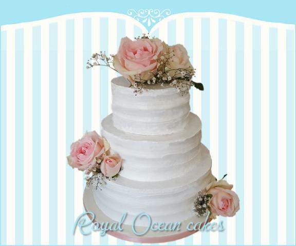bruidstaart rozen